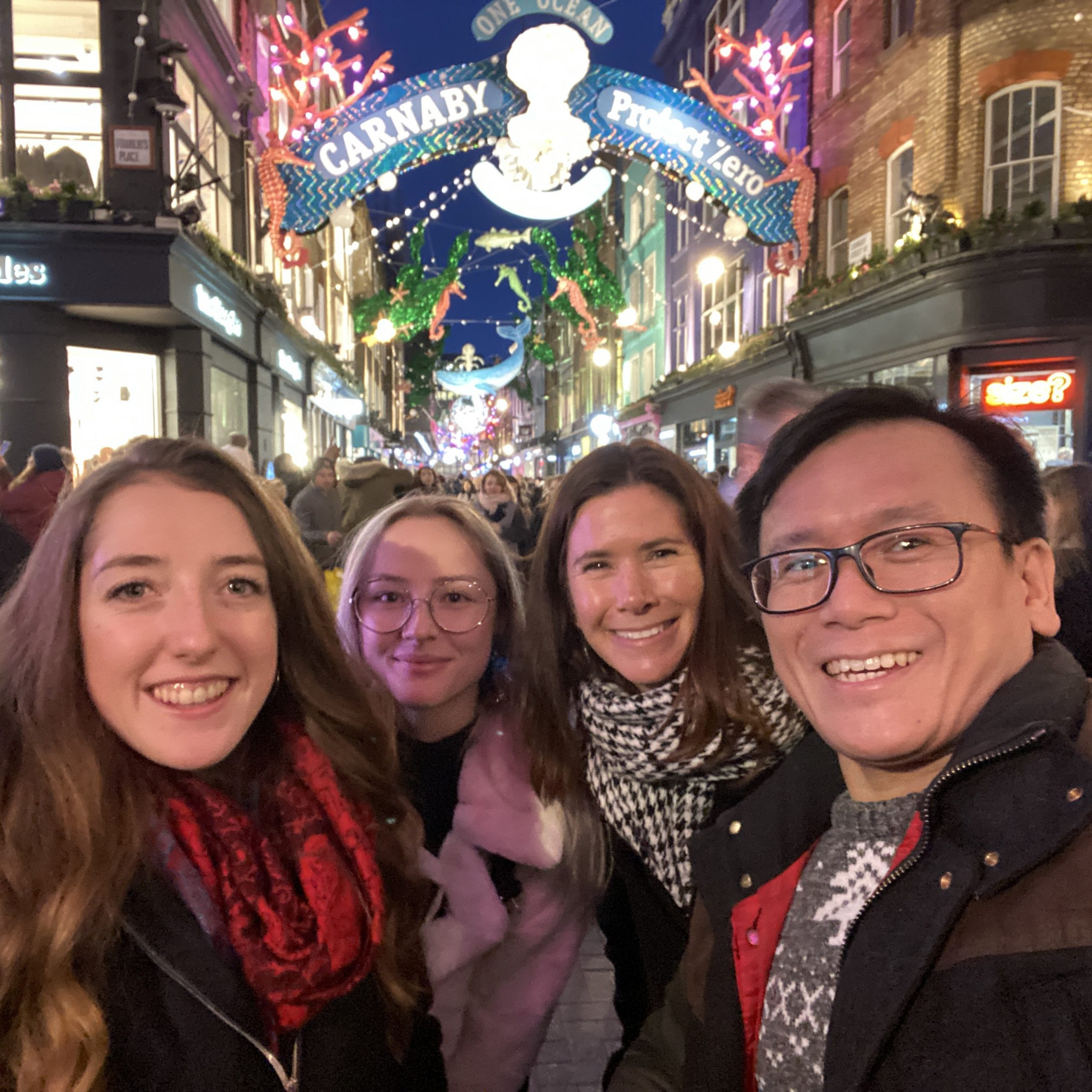 online marketing team out for Christmas